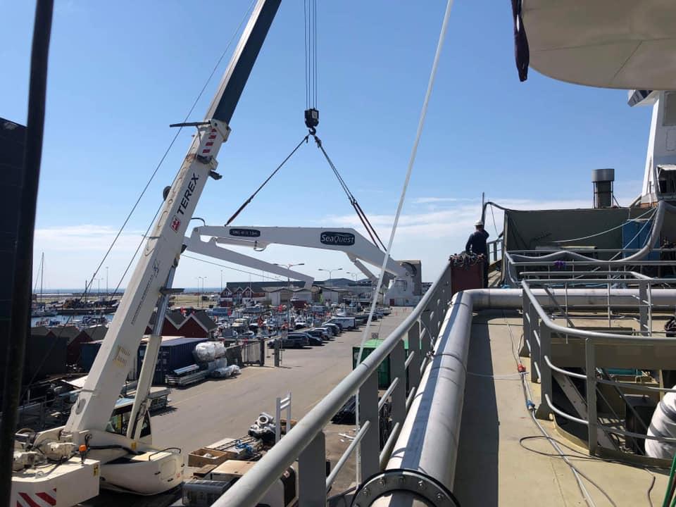 FWD Crane loading 1