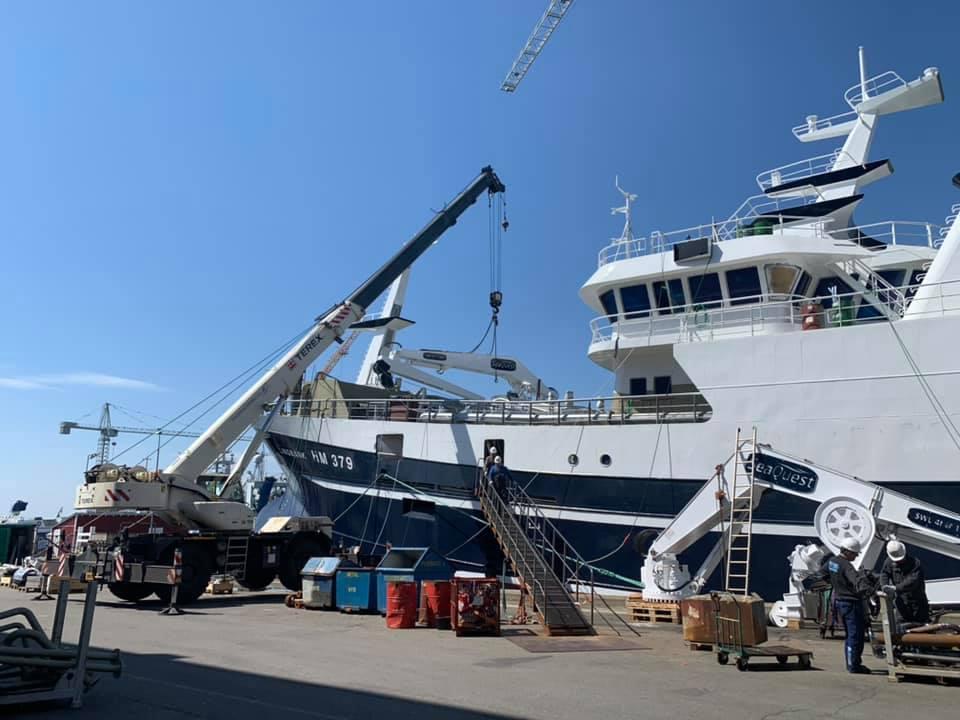 FWD Crane loading 7